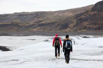 Un trek sur un glacier en Islande
